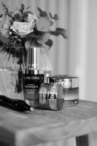 MUST HAVE LANCOME